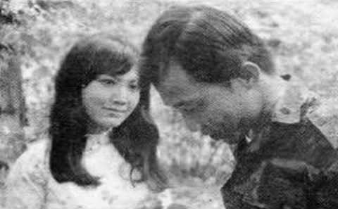[Hình ảnh] Thanh Lan và Trần Thiện Thanh trong một cảnh phim | Trần Thiện Thanh & Những sáng tác để đời