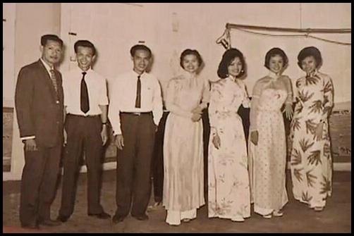 [Hình ảnh] Ban 'Hồ Gươm' của nhạc sĩ Hoàng Trọng (Thanh Sơn đứng thứ 3 từ trái qua)   Thanh Sơn & Những sáng tác để đời