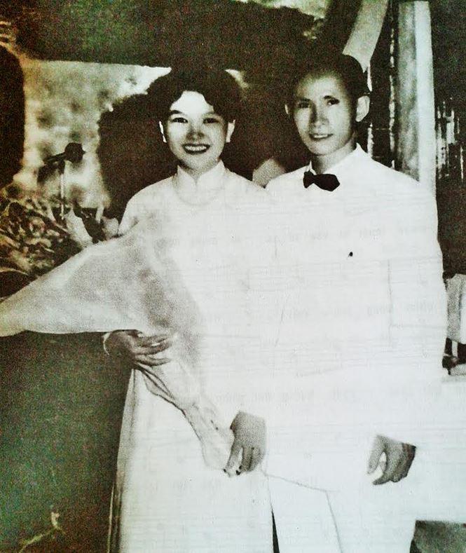 [Hình ảnh] Chú rể Châu Kỳ và cô dâu Kha Thị Đàng trong ngày cưới | Châu Kỳ & Những sáng tác để đời